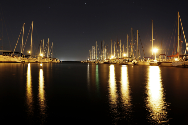 2014-12-Life-of-Pix-free-stock-photos-port-boats-night-leeroy copy