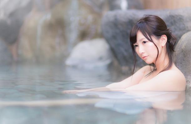 610_HOTE86_yubunenitukaru15104832500_TP_V1